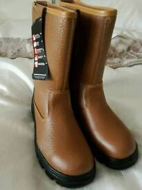 Black rock rigger boots size 8