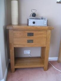 SOLID OAK CONSOLE/TELEPHONE TABLE