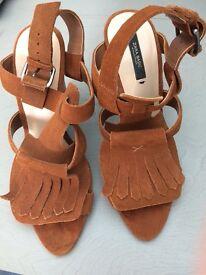 Zara tan/brown wedge shoes size uk5