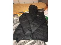 Reversible black north face jacket L boy