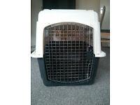 Petmate Vari-Kennel Ultra dog crate/carrier/transport box