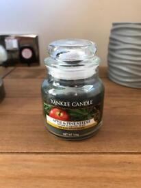 Yankee Candle Small Jar Apple & Pine Needle **Rare**