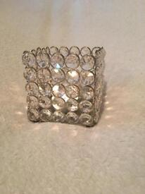 3 plastic diamanté tea light holders