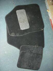 Set of small car floor mats
