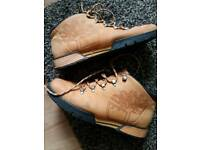 Mans size 9 timberland shoes