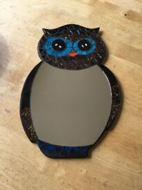 Owl shape mosaic mirror