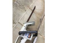 Ryobi Electric 460 Hedge Trimmer. 18 inch blade. Not cordless. Good working condition