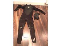 Large Billabong Men's Wetsuit
