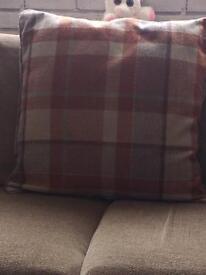 Curtains&cushions