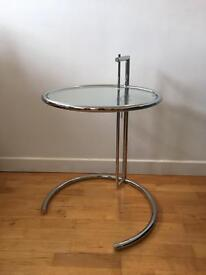 Eileen Gray Side table / Coffee table