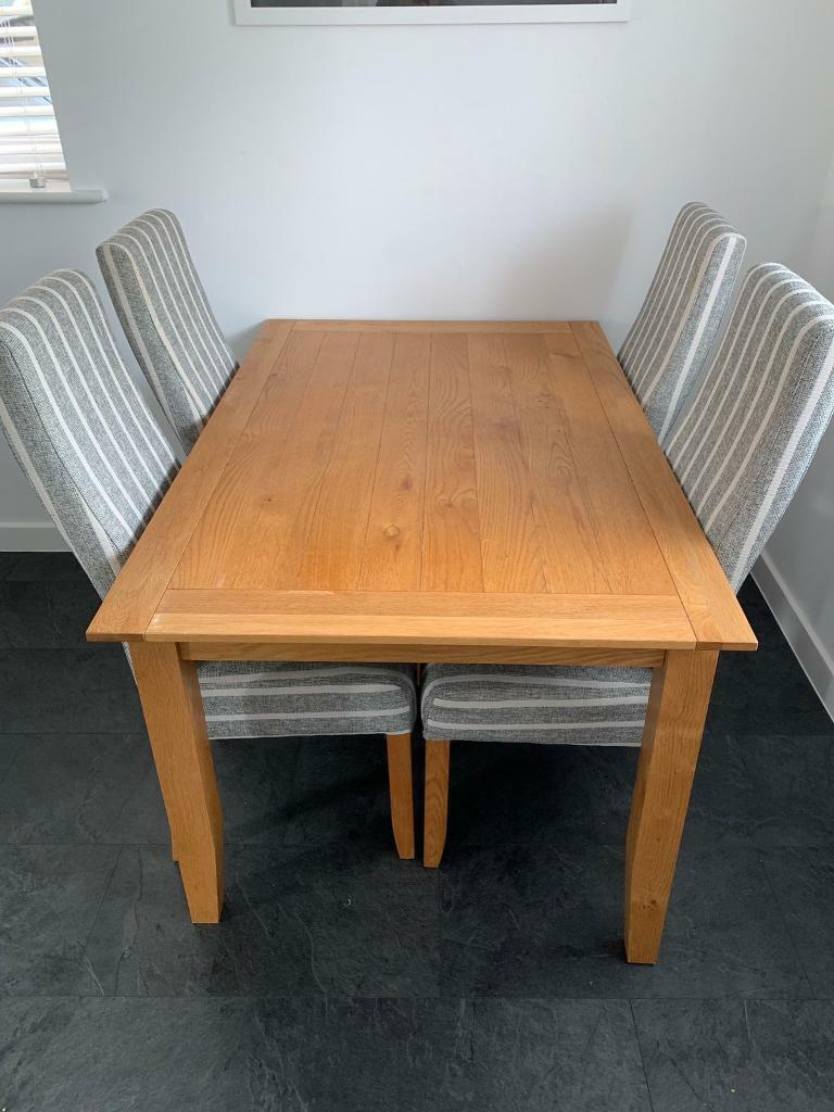 solid oak table  4 chairs  in emersons green bristol