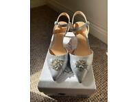 Roland Cartier ladies shoes size 6