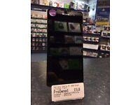 Sony Xperia E5 16GB Black -- Unlocked