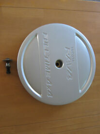 Toyota RAV4 spare wheel centre cover and fixing bolt