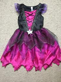 Witch outfit Halloween dress up