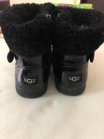 Girls ugg boots size 8