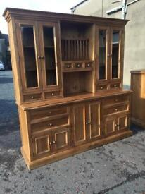 Ex-display***Solid chunky oak kitchen display unit ONLY £699