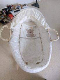 Moses basket from Mothercare *mint condition*