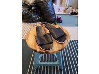 New Look Black Sliders (Size 5)