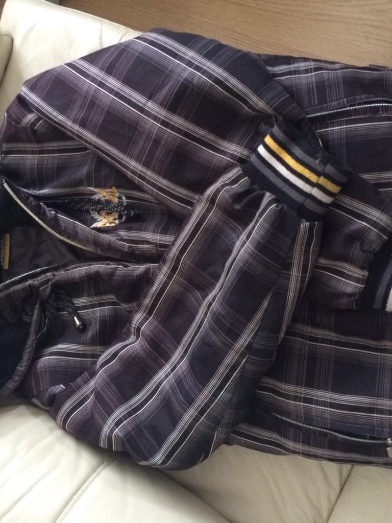 Everlast coat size S