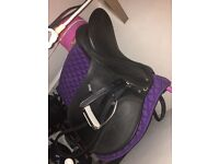 """17"""" black wintec saddle with cair"""