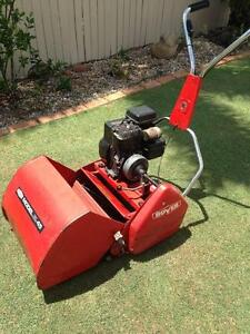 Scott Bonner Model 45 Red Cylinder Mower Just serviced Thornlands Redland Area Preview