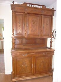 BEAUTIFUL LARGE CARVED FRENCH DRESSER
