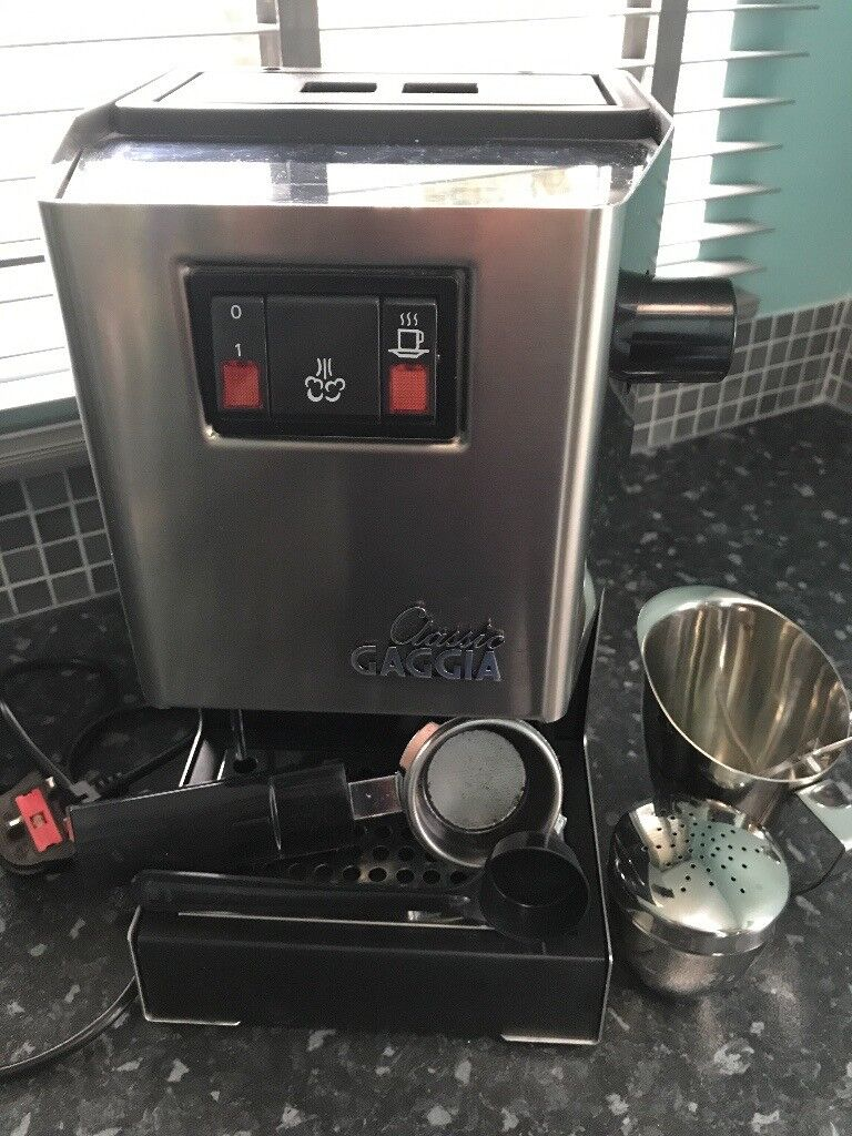 Gaggia Classic Espresso Machine In Brushed Stainless Steel Finish