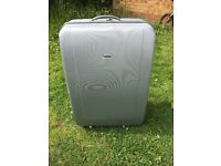 SUITCASES SIZE LARGE GOOD CONDITION