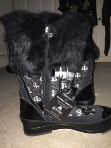 """Beyoncé """"OBSESSED"""" Boots"""