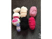 Bag of knitting wool