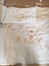 Cot bedding and bumper set