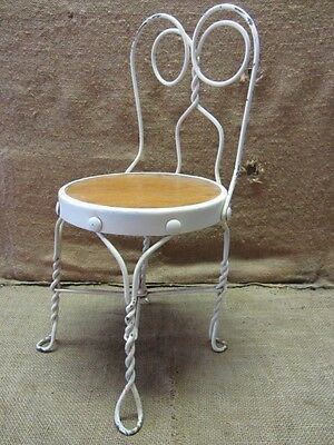 Vintage Childs Ice Cream Chair > Antique Old Stool Parlor Soda Fountain 7043