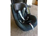 Maxi cosy two way pearl car seat and maxi cosy 2 way fix isofix base