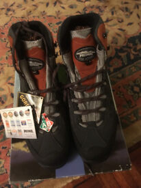 MENS MEINDL WALKING BOOTS NEW WITH TAGS SIZE 11 AIR REVOL. LITE ORANGE AND GREY