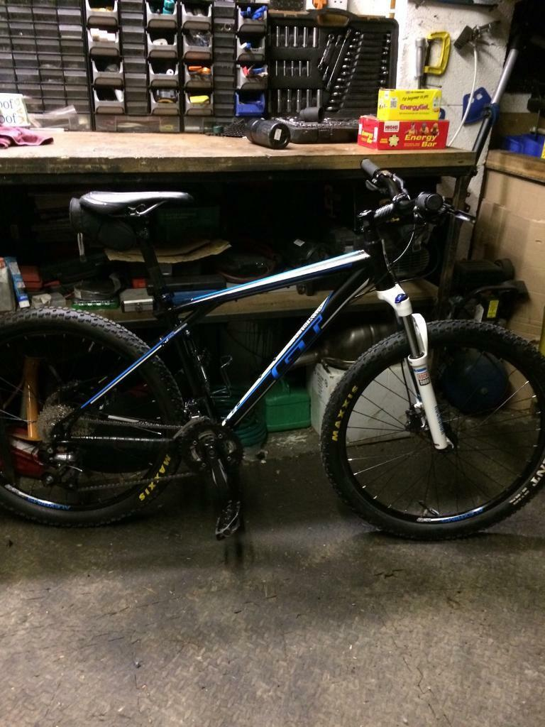 Mountain bike , GT avalanche 2.0 with upgrades ,medium frame , as new condition