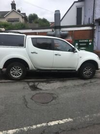 l200 mitsubishi trogan, immaculate condition, full leather int, air con , doudle cab pick up .