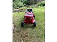 Fantastic Murray 120/76cm Ride on Mower with grass box new battery
