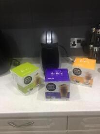 Nescafe Dolce Gusto coffee machine & pods