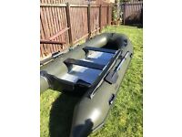 Inflatable boat 3.9 m and outboard engine 9.9 hp
