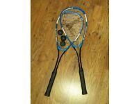 squash rackets with 3 balls