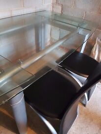 Extandable glass table and 6 chairs