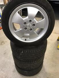 R129 17inch Alloys Genuine Mercedes Alloys & A1 condition tyres 245/45/17