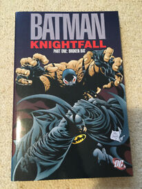 Batman: Knightfall, Part 1: Broken Bat (DC Comics) - Paperback – 19 July 2011