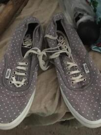 Vans shoes trainers size3. Girls./ women grey spot