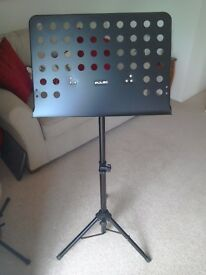 "MUSIC STAND ""PULSE"", NEW."
