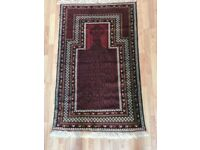 Gorgios Hand-knotted Persian rug in new conditions 155cmX95cm only £195