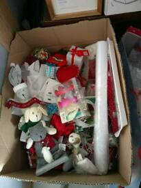Mixed box of Christmas decorstions