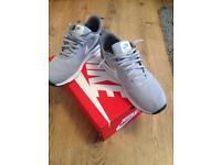 Nike air max tavas grey size 8