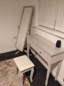 Makeup dresser stool and mirror